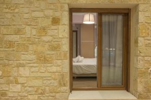 A bathroom at Petra Luxury Apartments