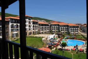 A view of the pool at Watermill Hotel or nearby