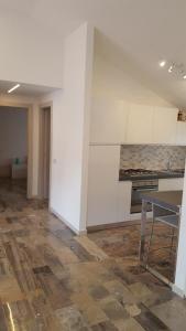 A kitchen or kitchenette at Casa Michelangelo