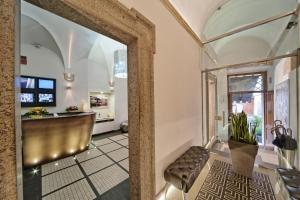 Salone o bar di Navona Palace Luxury Inn
