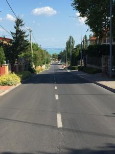 The surrounding neighborhood or a neighborhood close to Az apartmant