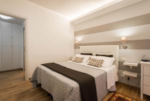 Um quarto em Saint Peter Apartments