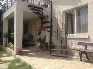 A porch or other outdoor area at Apartamenti Todorovi