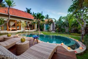 The swimming pool at or near The Pandan Tree Villas