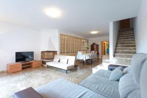 The lounge or bar area at Holiday home Splendid Park Güell
