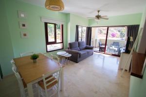 Гостиная зона в Burriana Beach Apartment