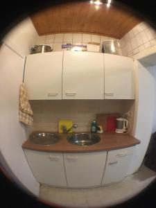 A kitchen or kitchenette at MBlankenberge