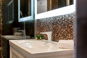 A bathroom at Split Luxury Retreat