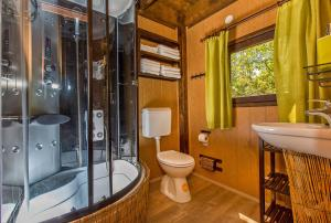A bathroom at Treehouse Dubrovnik
