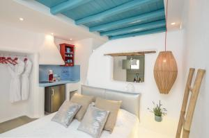 A seating area at Naxos Euphoria Suites
