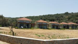 Een tuin van Thea Houses