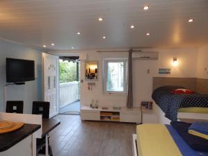 A room at drescher Apartments