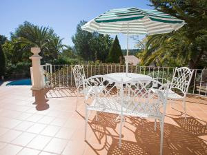A porch or other outdoor area at Villa L'Estornell