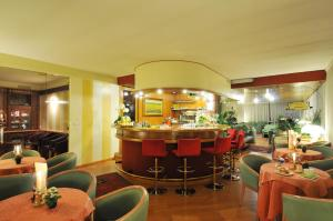 The lounge or bar area at Residence Antares