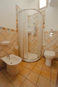 A bathroom at Sanvitotour Apartment