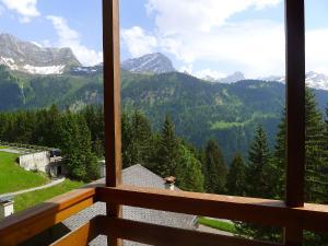Ein Balkon oder eine Terrasse in der Unterkunft Apartment Les Arsets.18