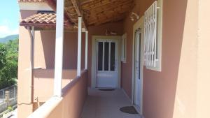 Een balkon of terras bij Apartments Maria