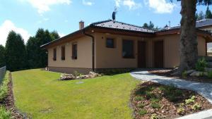 Zahrada ubytování Chalupa na Lipně - Holiday House 1