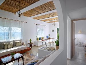 A seating area at Pelagaios Villas