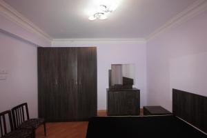 A room at Caliseum Sayat-Nova 33