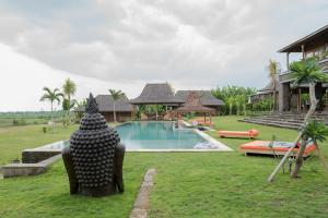 The swimming pool at or close to Alami Boutique Villas & Resort