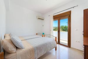A room at Sea View Rhodos Villas