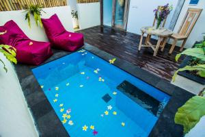A view of the pool at Svaha Private Villas Ceningan or nearby