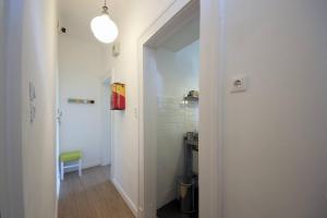 A bathroom at Citypark Apartman