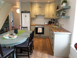 A kitchen or kitchenette at Casa Ceol