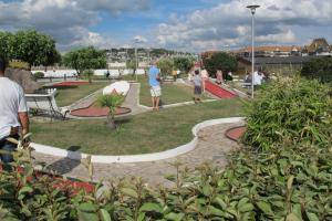 A garden outside Un Homme Et Une Femme