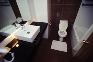 A bathroom at Natasya Resort