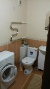 Ванная комната в Apartment on Stroiteley