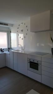 A kitchen or kitchenette at Apartamento Oxford