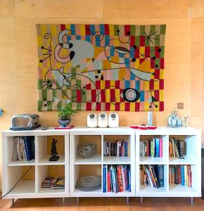 The library in the vacation home