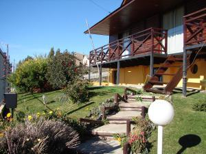 A garden outside Cabañas Marias del Sur