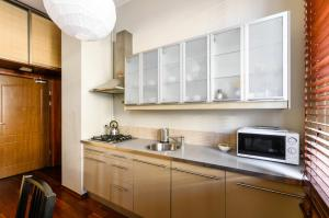 A kitchen or kitchenette at Nido Campus