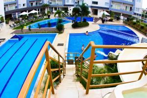 The swimming pool at or near Veredas do Rio Quente