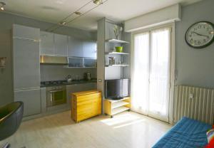 A kitchen or kitchenette at De Andreis Studio