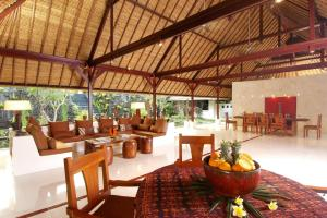 A restaurant or other place to eat at Villa Kanti