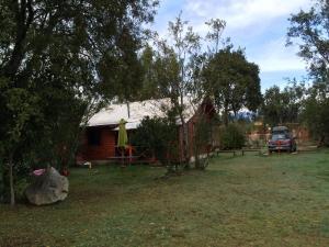 Jardín al aire libre en Cabañas donde la Tita Pucon