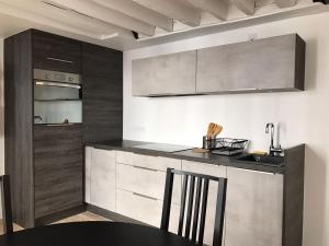 Köök või kööginurk majutusasutuses Les Petits Carreaux