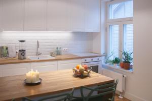 Majoituspaikan City Center Apartment - Toompuiestee keittiö tai keittotila