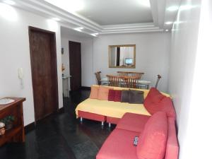 Apartamento Praia do Forte 라운지 또는 바