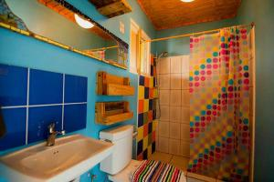 Et badeværelse på Hopi Cadushi Studio