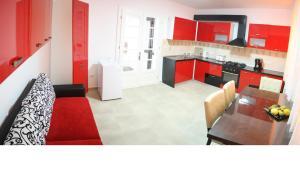 A kitchen or kitchenette at Casa Graef