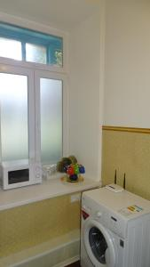 A bathroom at Apartment on Gogolya Street 16