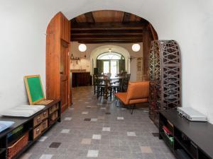 The lounge or bar area at De Verrekijker
