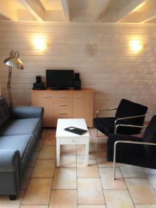 A seating area at Vakantiehuis in het centrum van Domburg