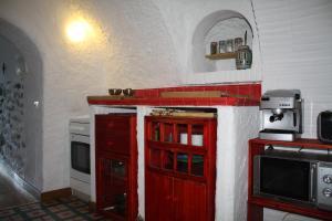 Kuchyňa alebo kuchynka v ubytovaní Cueva Los Naranjos