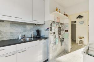 Küche/Küchenzeile in der Unterkunft Casa Zando Beach Apartment